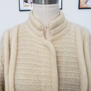 Vintage ivory mohair wool cardigan sweater knit